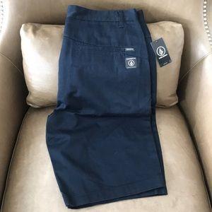 Men's Navy Volcom Monty Short Size 32 NWT